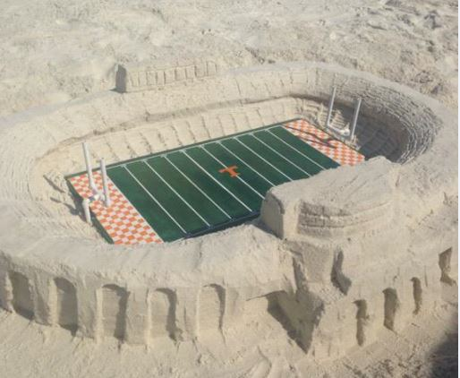 Vols fan makes iconic Neyland Stadium out of sand
